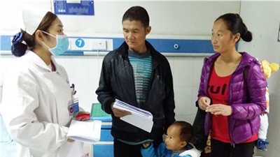 雅安仁康医院成功为2岁小孩取出尿道结石