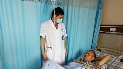 【雅安日报】未复查 肾病离尿毒症仅一步 巧施术 肾功能有望基本恢复