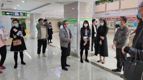 市人大领导到雅安仁康医院调研医疗保障工作