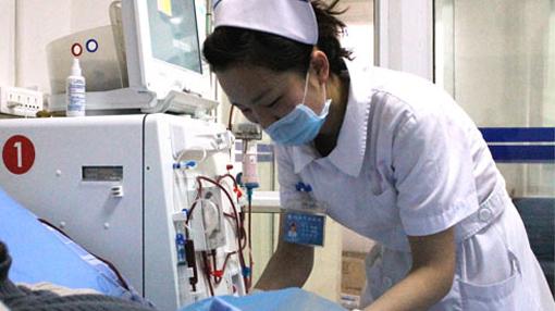 雅安仁康医院血透室护士长魏仙琼:她把病人当亲人照顾