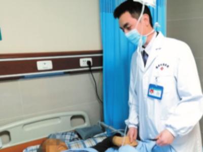 【雅安日报】老人误将胆结石当成胃病,耽误治疗险些酿成严重后果